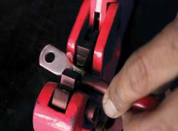כלי חיתוך, כיפוף ולחיצה